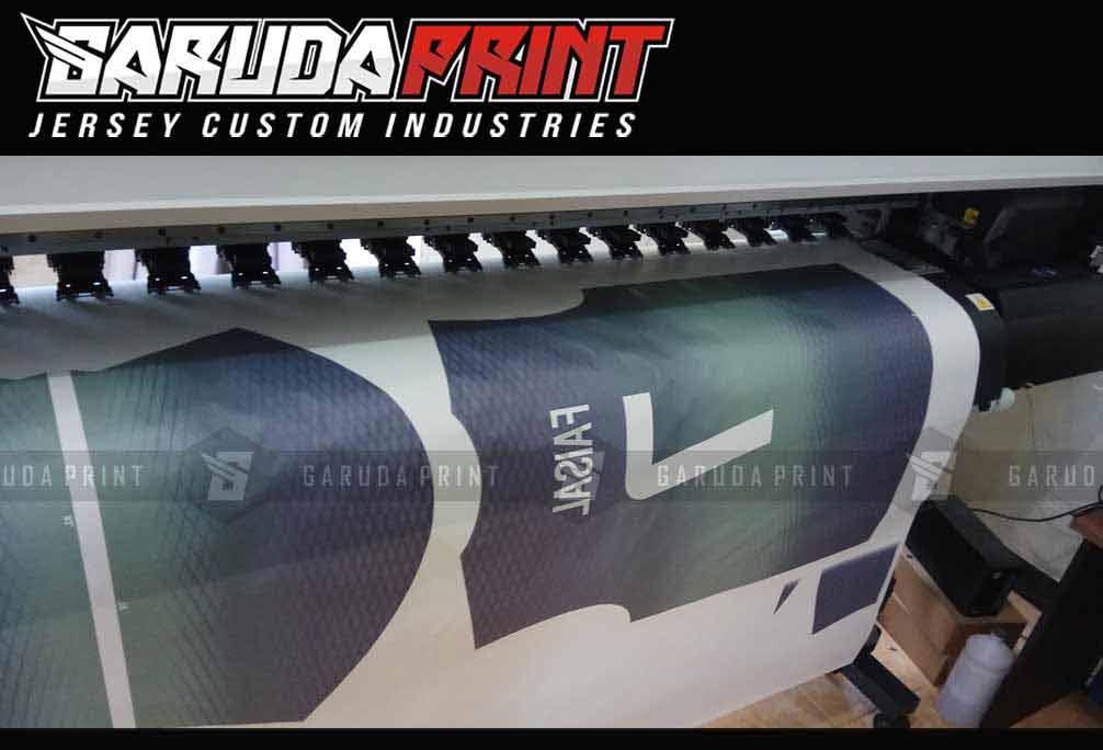 bikin kaos futsal sablon printing di bahan dry fit jarum