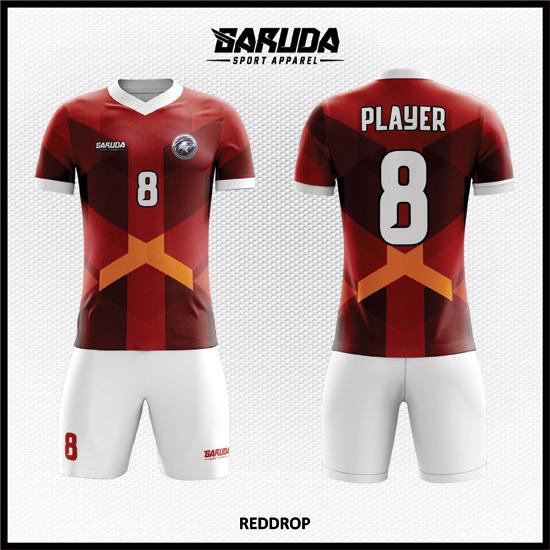 Desain Kostum Sepakbola Printing Gradasi Warna Merah Tampil Lebih Elegan